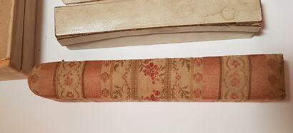 Neuf boites à éventails, XIXe-XXe siècle Dont deux boites provenant de la maison...