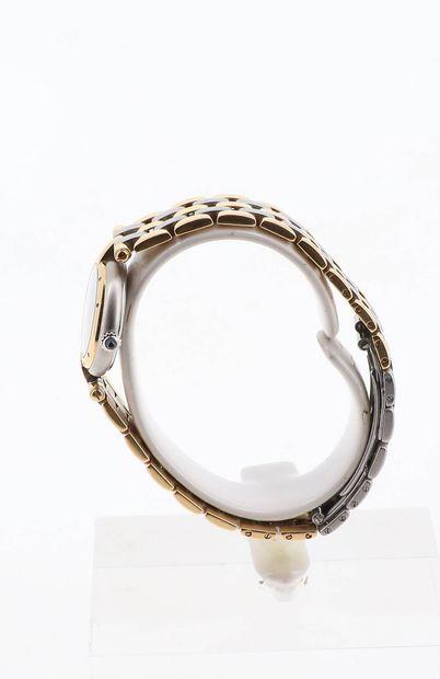 CARTIER Vendome  Vers 1980  Boitier or et acier  Mouvement quartz  Diam: 23mm  Bracelet...