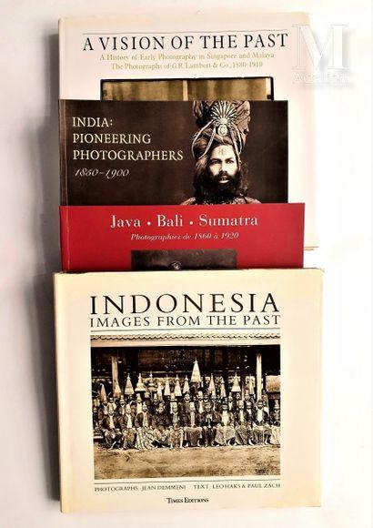 INDONESIE : 4 ouvrages et catalogues