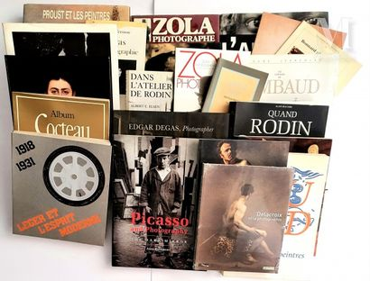 PEINTRES, SCULPTEURS & ARTISTES: 34 ouvrages et catalogues