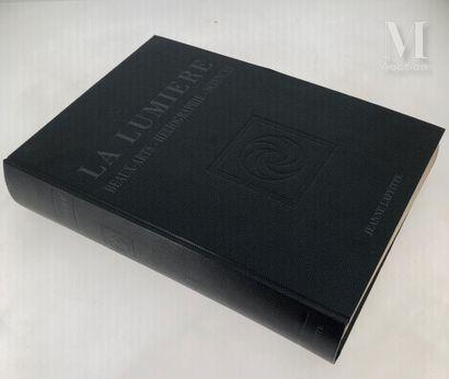 LUMIERE : 3 ouvrages et catalogues