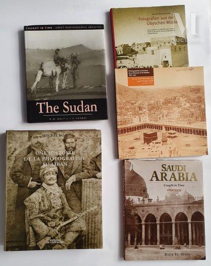 ORIENTALISME & MOYEN-ORIENT: 5 ouvrages et catalogues