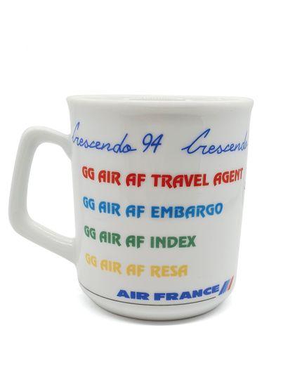 AIR France, 1994  Mug Crescendo 94 en porcelaine...
