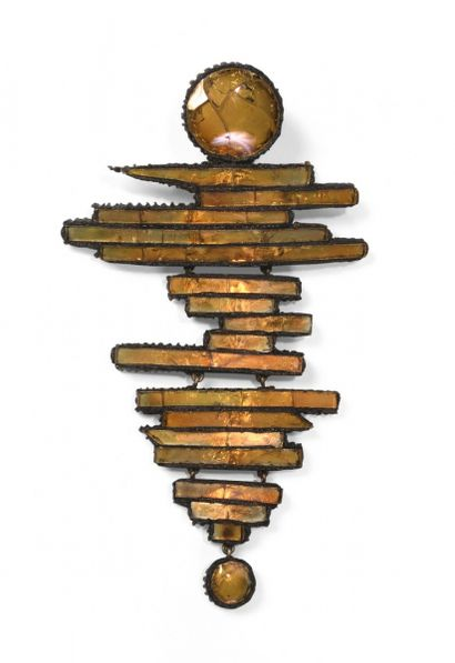 Line VAUTRIN (1913-1997), broche en bâtonnets,...