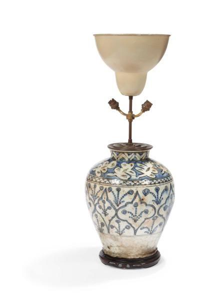 Vase potiche monté en lampe probablement...