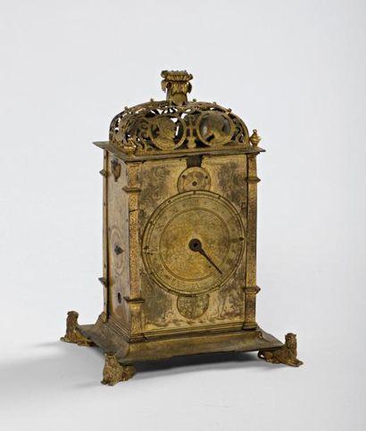 Horloge de table de forme rectangulaire du...