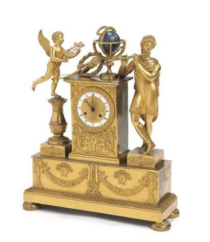 Pendule en bronze ciselé, doré et laqué bleu,...