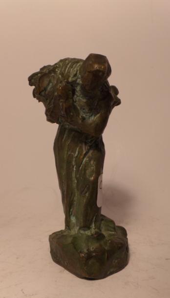 Aimé Jules DALOU (Paris 1838 - Paris 1902) La porteuse de fagots Bronze à patine...