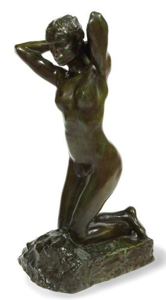 Auguste RODIN (1840 - 1917) Faunesse à genoux Bronze Faunesse à genoux Bronze à patine...