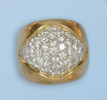 Bague dôme en or jaune 18 k et platine 950...