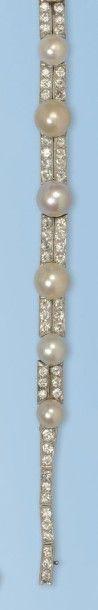 Ravissant bracelet souple en platine 950...