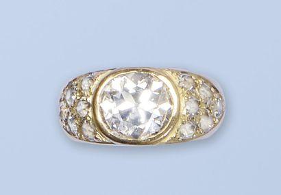 Bague jonc en or jaune 18 K, 750 millièmes....