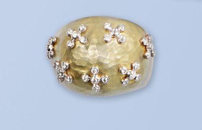 Belle bague dôme en or jaune 18 K, 750 millièmes,...