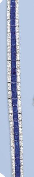Magnifique bracelet en platine, 950 millièmes. Il forme un ruban souple orné d'une...