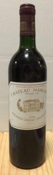 1 Bouteille CH. MARGAUX, 1° cru Margaux 1988...