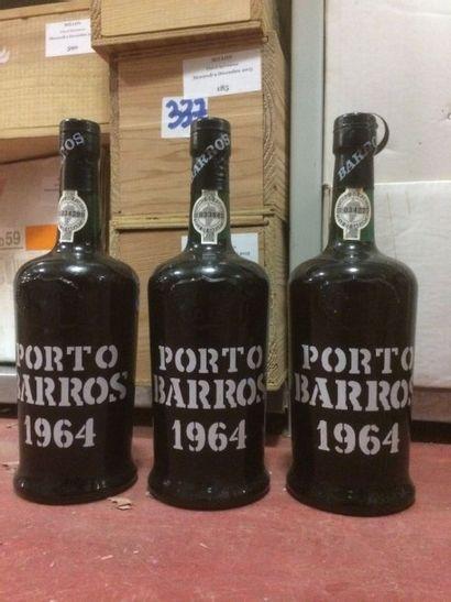 3 Bouteilles PORTO Barros 1964 (etui)