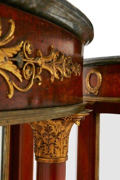 Paire de consoles Attribuées à Jacob-Desmalter Epoque Empire PAIRE DE CONSOLES de...