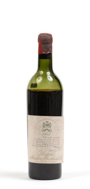 1 Bouteille CH. MOUTON-ROTHSCHILD, 1° cru Pauillac 1945 (B/V, belle étiquette mais...