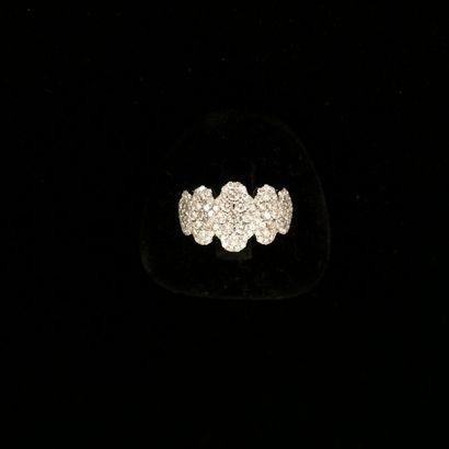 Bague diamants  Composée de 5 éléments sertis...
