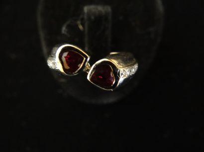 Bague Toi & Moi rubis et diamants  Sertie...