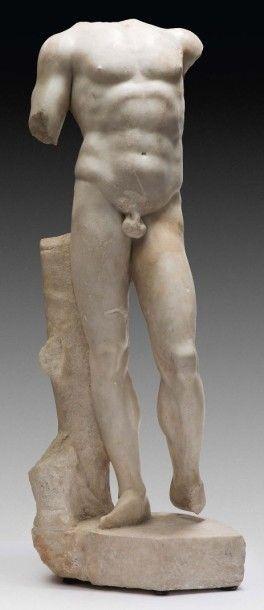 Corps acéphale d'un athlète<br>Marbre blanc. Période romaine, Ier-IIe siècle.