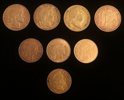 Ensemble composé de huit pièces de monnaie...