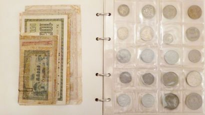 Collection de pièces de monnaie presentée...