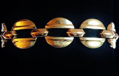 Bracelet en or jaune 18 K (750°/°°) aux maillons...