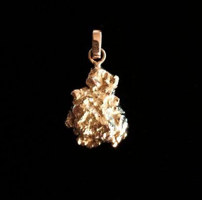 Pépite en or jaune 18 K (750 °/°) montée...