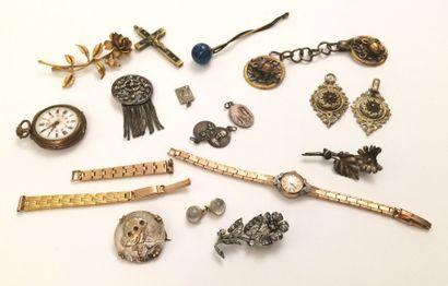 Lot de divers bijoux fantaisie comprenant...
