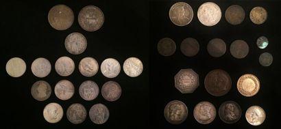 Lot de pièces dont :  - 2 x 50 francs 1977 et 1978  - 1 x 20 francs 1933  - 13 x...
