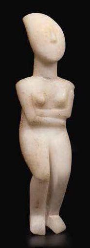 Idole féminine stylisée<br>Grèce, Spédos, Groupe de Syros, Cycladique, Ancien II<br>Provenance<br>Ch