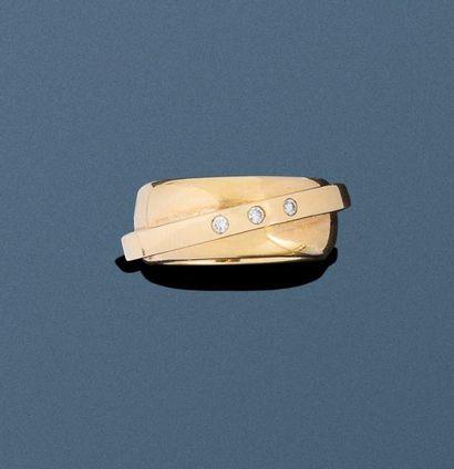 Bague PIAGET en or jaune 18k (750 millièmes)...