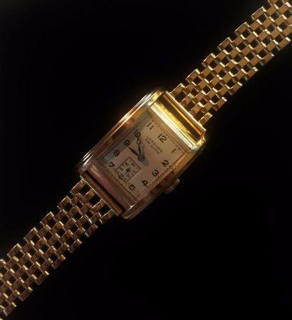 LONGINES  Montre bracelet en or jaune 18...