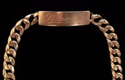 Bracelet maille gourmette marqué Wanda en...