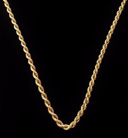Collier en or jaune 18 K (750 °/°°) à maille...