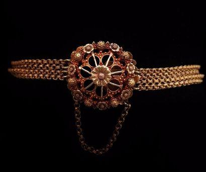 Bracelet en or jaune 18 K (750 °/°°) composé...