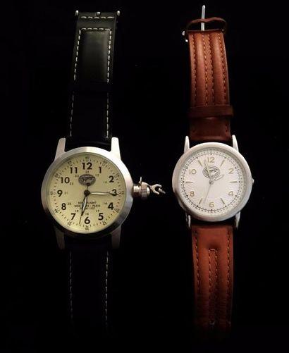SPIRIT OF SAINT LOUIS  Lot de deux montres...