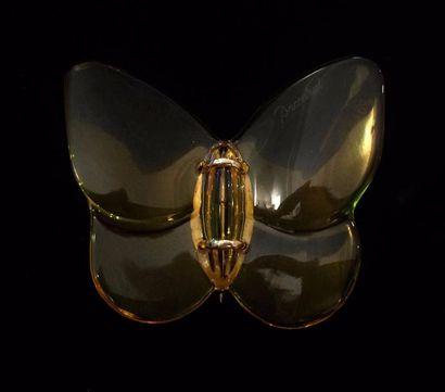 BACCARAT  Broche papillon en cristal jaune...