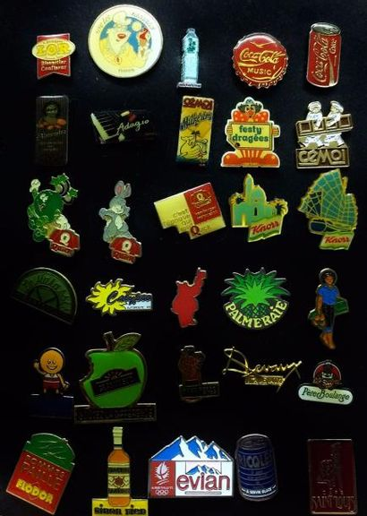 Collection de pin's, certains publicitaires...
