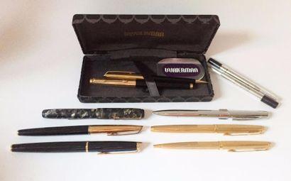 Lot de stylos :  3 bille Waterman, un plume...