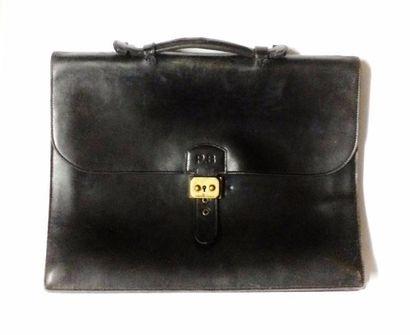 HERMES  Porte document en cuir noir, chiffré...
