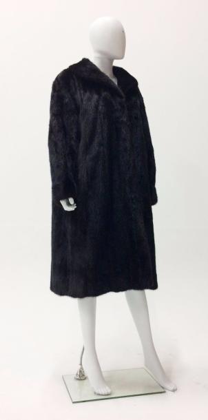 Manteau long en fourrure de vison brun, col...