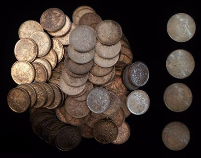 Un lot de pièces de 5 FF argent  31 x 1960...