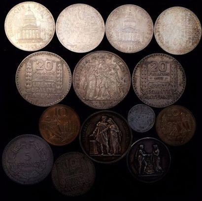 Lot de pièces en argent dont :  - 4 x 100...