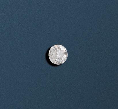 Diamant sur papier de taille brillant de...