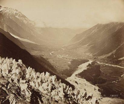 """Victor MUZET (1828-18..)  """"Vallée de Chamonix, Vue du Chapeau"""", 1860  Tirage albuminé,..."""