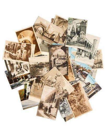 Albums de Cartes postales sur la Tunisie...