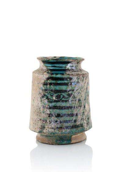 Albarello du XIIIe siècle  en céramique siliceuse...