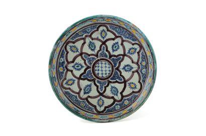 Tobsil  en céramique à décor tapissant organisé...